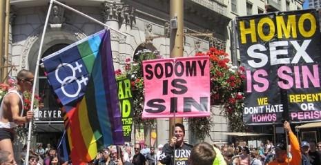 SODOMY is SIN - protest San Francisco Pride 2010 - CC-Jenny Mealing 1