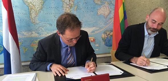BuZa en COC -Ondertekening strategisch partnerschap - foto BuZa STICKY